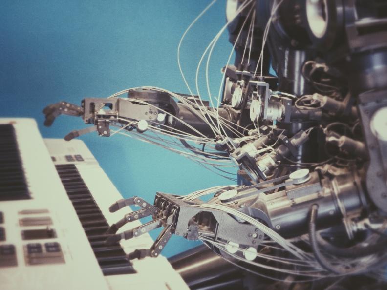 기술(3) : AI는 정말로 인간의 일자리를 대체하나?