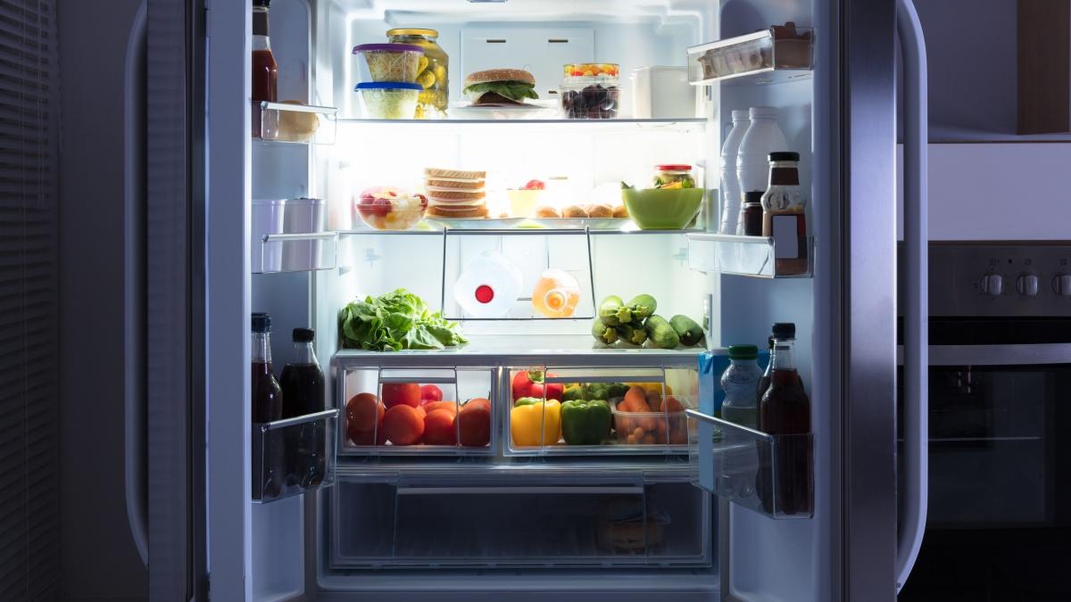 냄새 맡는 냉장고가 있다고?