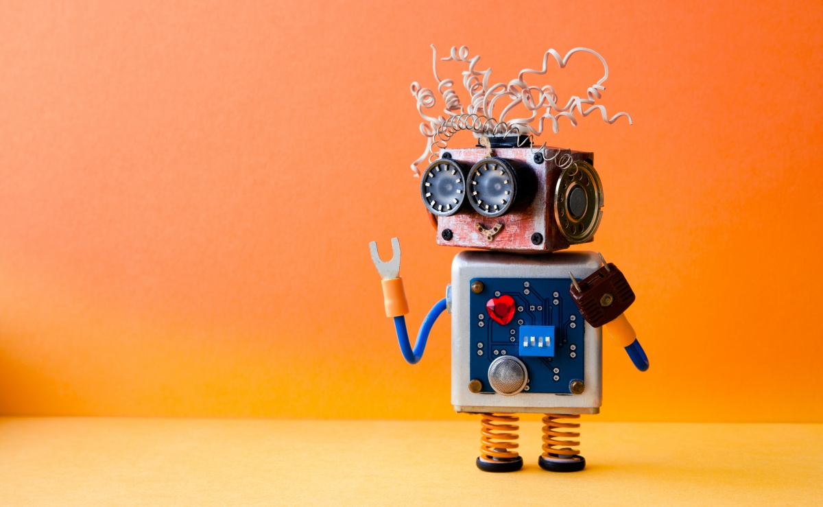 말하는드론, 걸어오는 로봇, 움직이는 고객센터